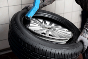Inspect the tires, Dale Feste Automotive